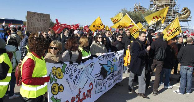 Marxa contra el malbaratament a l'aeroport de Castelló. 11/02/2012
