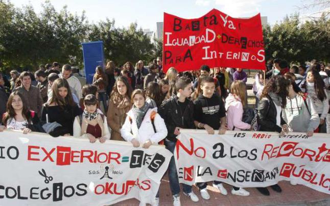 Concentració IES Radio Exterior. Platja Sant Joan. Alacantí 16/02/2012