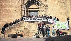 estudiants de l'IES núm. 1 de Xàbia. 16/02/2012